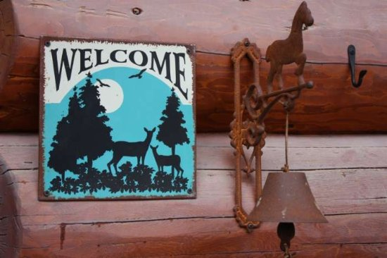 Welcome to Stone Wolf Cabin